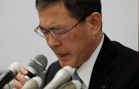 斯巴鲁首席执行官Yasuyuki Yoshinaga道歉